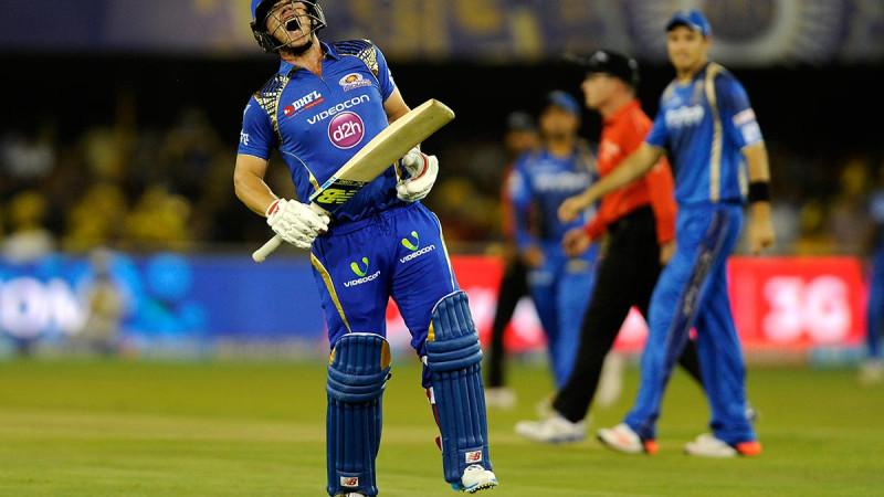 Cricketer hamstring tear