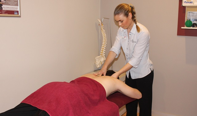 Massage can help tradies with neck pain