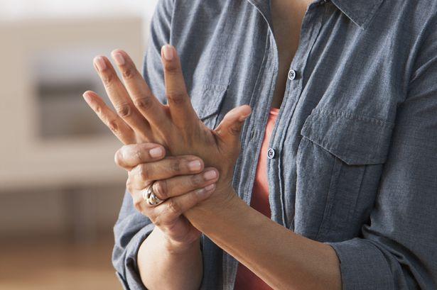 Hawthorn Physio treat wrist